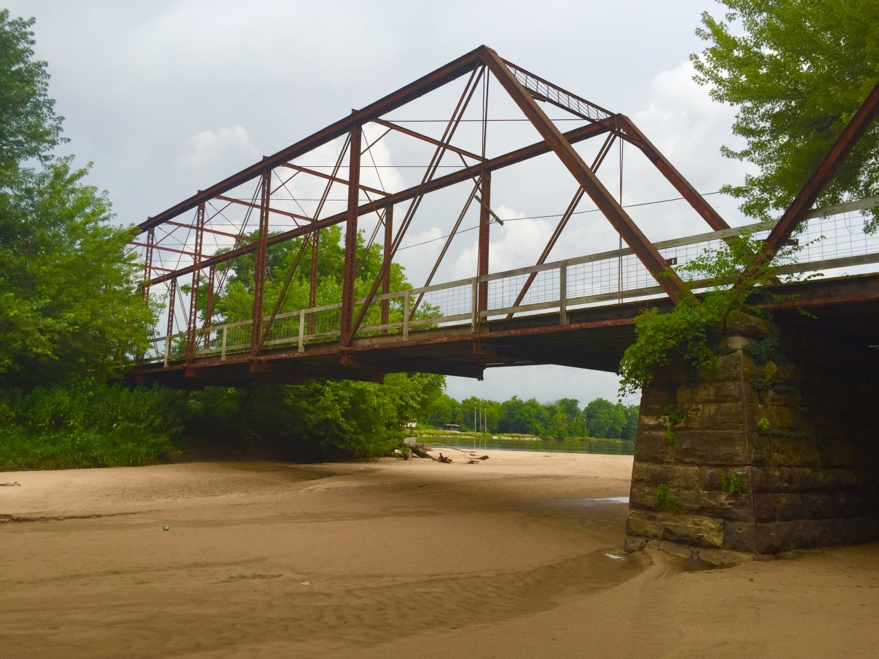 Saulsbury Bridge Recreation Area – Iowa