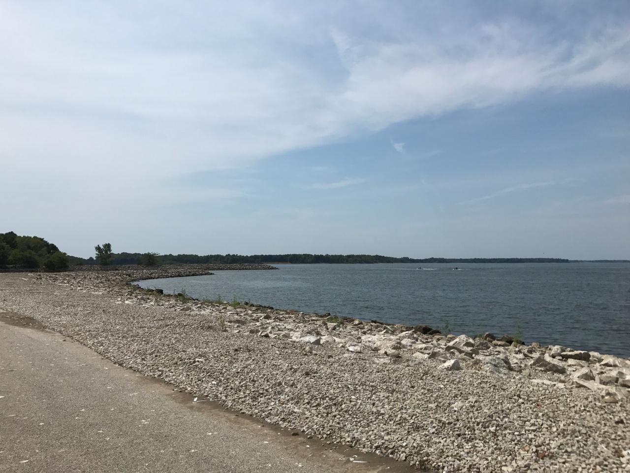 Carlyle Lake (16)