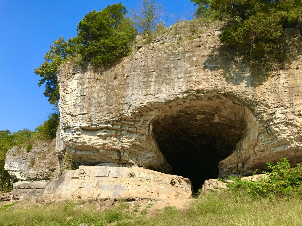 Cave-In-Rock State Park – Illinois