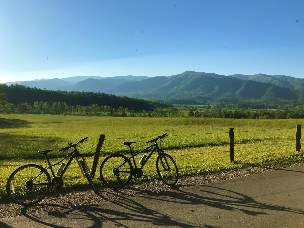 The Great Smoky Mountains – Cades Cove